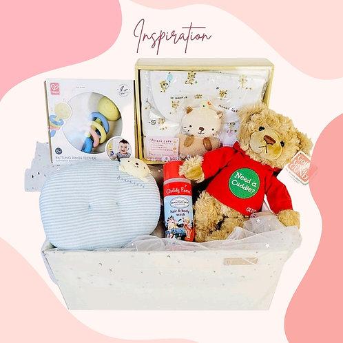嬰兒衣服及玩具禮物籃 Baby Clothes & Toy Hamper