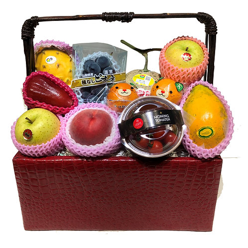 B 傳統果籃 Traditional Fruit Basket 連運費