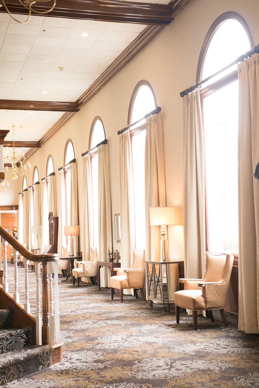 the colonial hotel gardner lobby