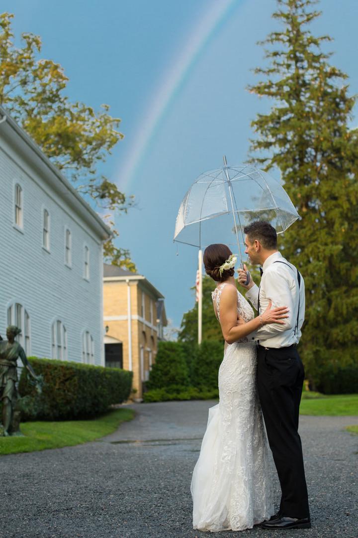 Linden-Place-Summer-Rainy-Wedding-100.jp