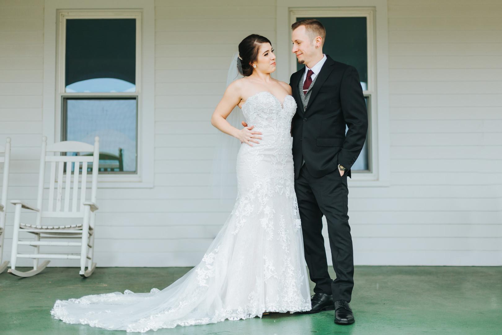 Valley-View-Farm-Winter-Wedding-8145 cop