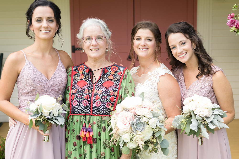 mother daughters wedding photo