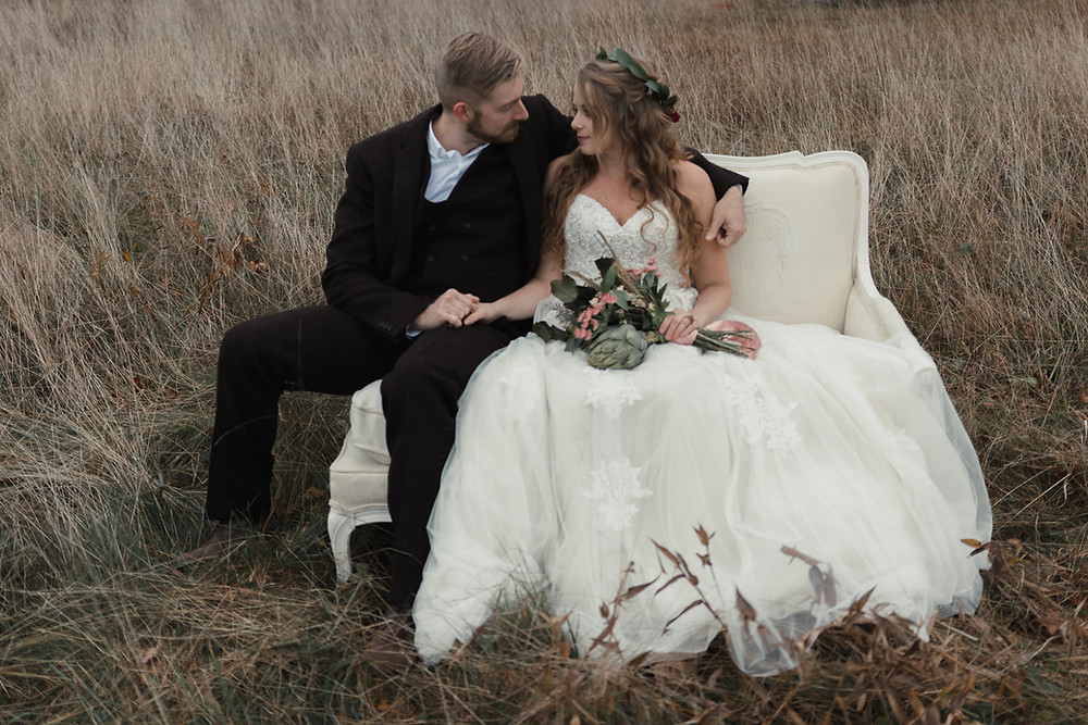 vintage couch wedding portraits