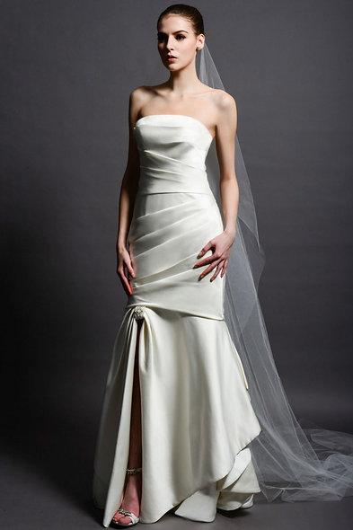 Emma/Eden Bridal 2210