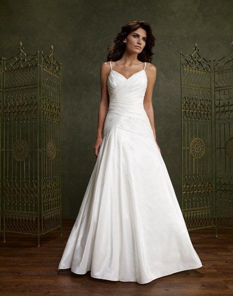 Emerald Bridals 2401