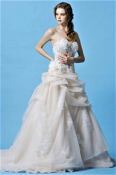Emma/Eden Bridals 2202