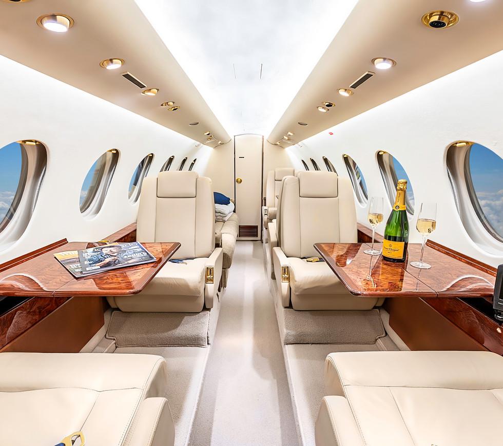 Chigago Falcon N654CB interior.jpg