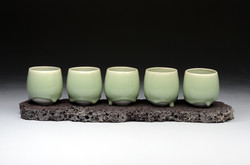 Basalt Celadon Cups, Basalt Stand