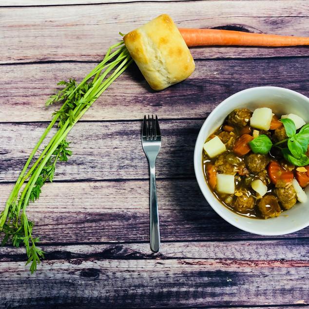 Ragoût de boulettes et poulet