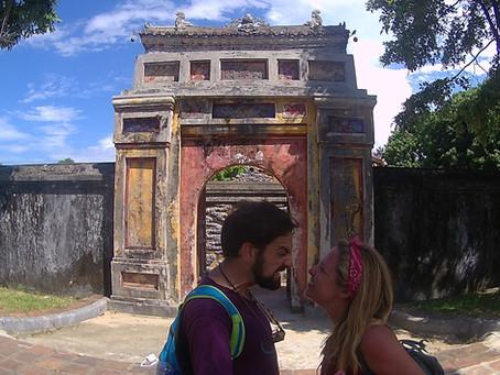 Netbreak Cap. 7 - ¡Good morning Vietnam!Una historia de amor-odio contada en tres partes. Parte II: