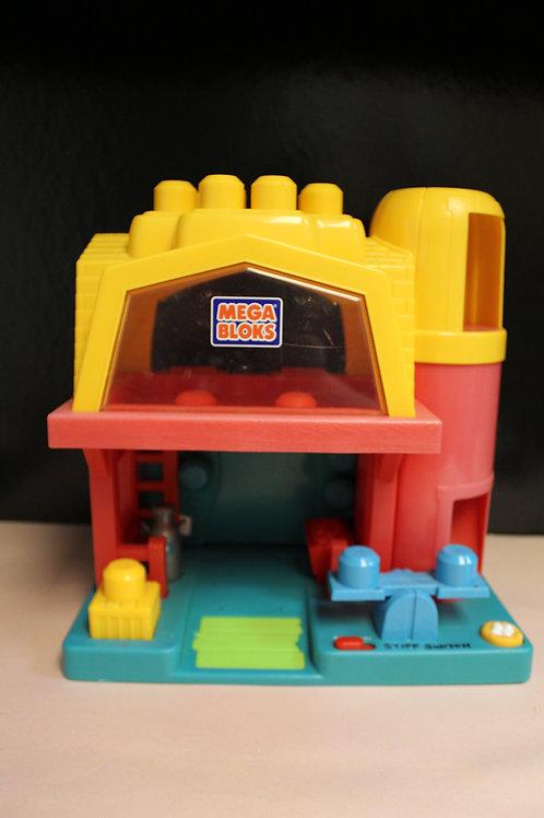Mega Bloks Barn