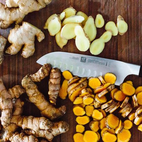Comment consommer le gingembre et le curcuma?