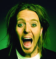 Tim Minchin_edited.jpg