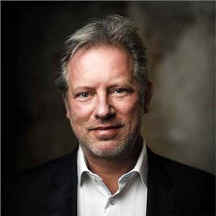 Dirk-de-Jong--De-Jong-%26-Partners_edite