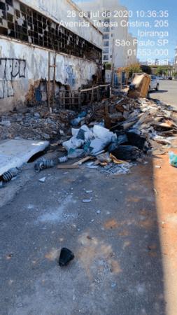 Lei nº 16.871 de 15 de Fevereiro de 2018 do Vereador Camilo Cristófaro tem como objetivo organizar a coleta e descarte de resíduos sólidos no Município de São Paulo. Veja mais sobre esta Lei aqui em nosso portal.