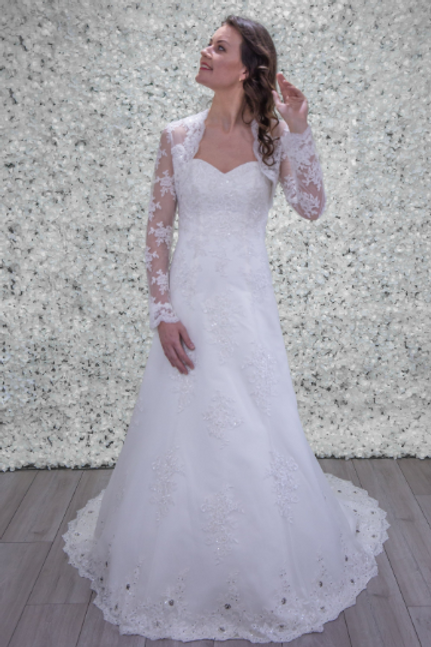Hand Made Wedding Dress Stephanie - Full Length A Line | Size 10