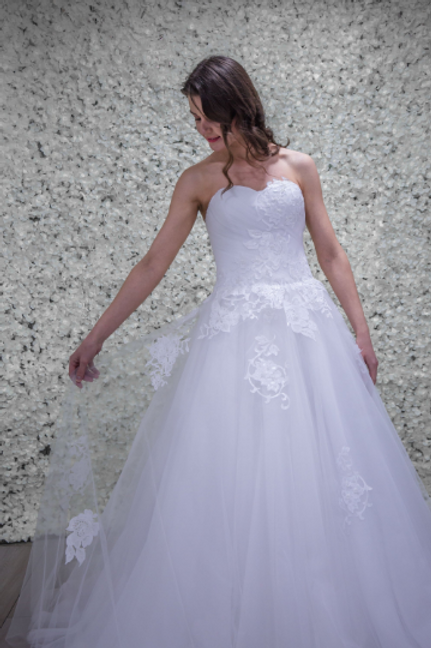 Hand Made Wedding Dress Aurora - Full Length Princess | Size 10