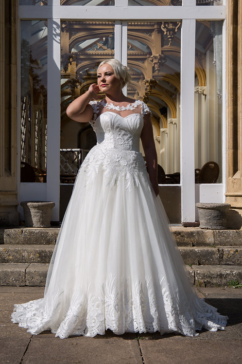 Hand Made Wedding Dress Lily | size 12-14