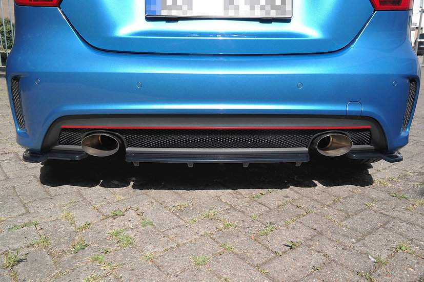 MERCEDES-BENZ W176 AMG-LINE PREFAC CENTRAL REAR SPLITTER (WITHOUT VERTICAL BARS)