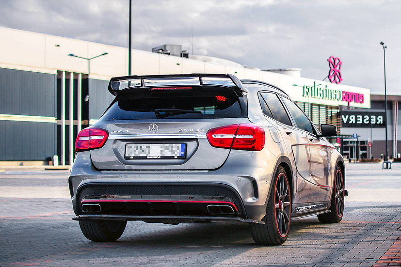 MERCEDES-BENZ GLA 45 AMG SUV CENTRAL REAR SPLITTER (WITHOUT VERTICAL BARS)