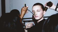 A l'intérieur du monde de la mode, une nouvelle vision du glamour!