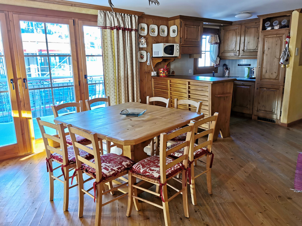 Sala da pranzo e cucina.jpg