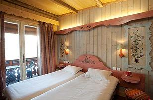 Hotel Paquis bedroom 1.jpg