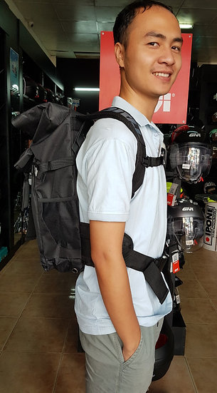 RS TAICHI  WATERPROOF BACKPACK (25L)