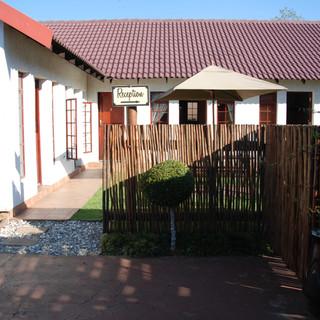 Guest Lodge Gallery 24.JPG