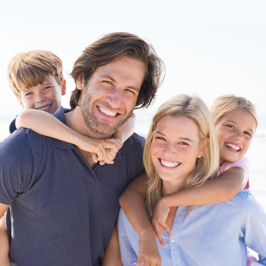 family-photo-ideas_1024x1024.jpg