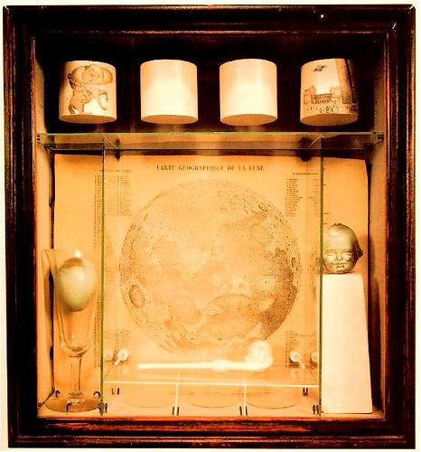 Joseph-Cornell-Untitled-Soap-Bubble-Set-1936_edited_edited.jpg