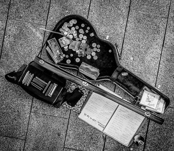 guitar case. Professional Portrait photo. photography. photo. photography. Sevs Pics. Perth Photographerg