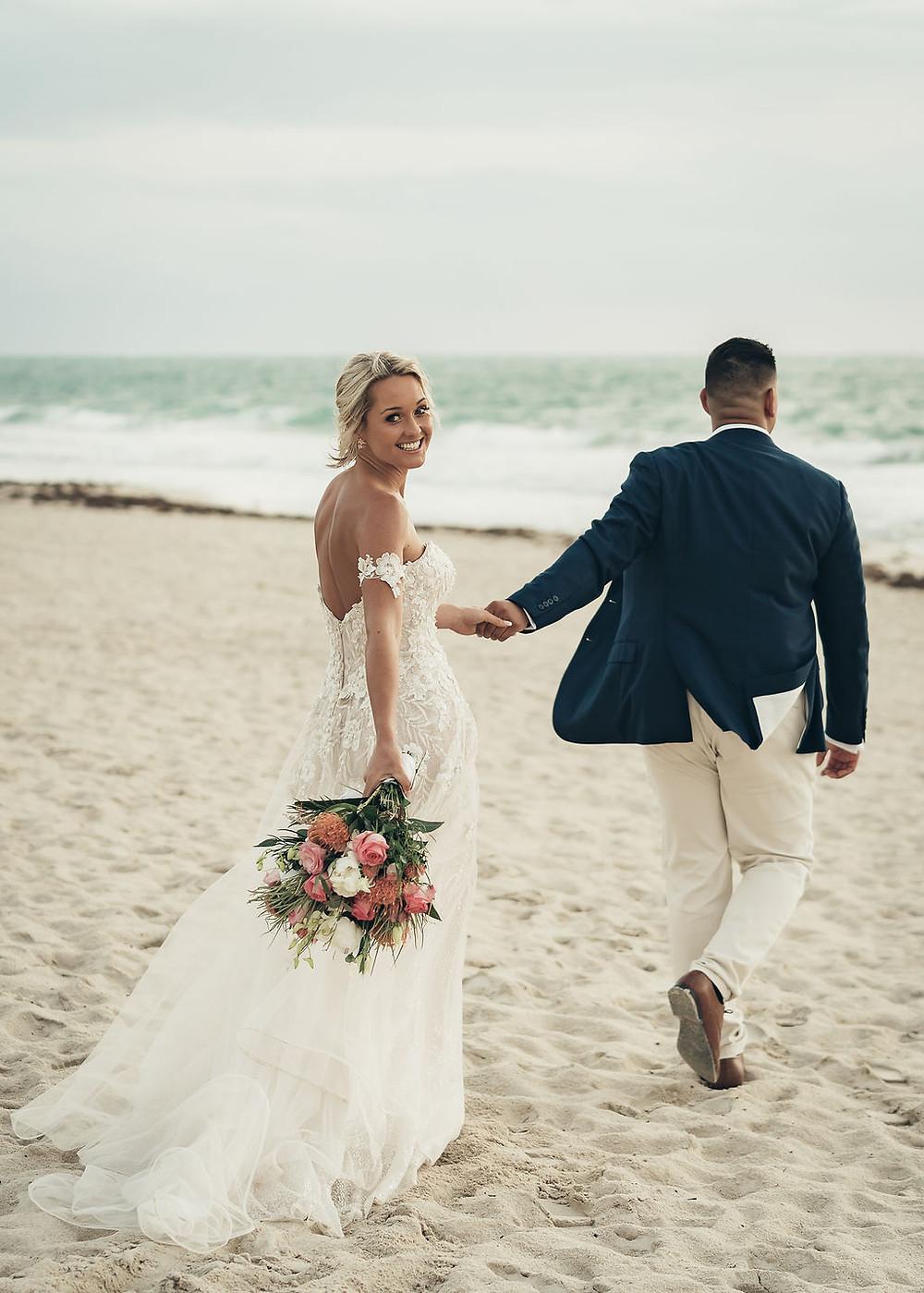 A beach wedding - Sev's Weddings