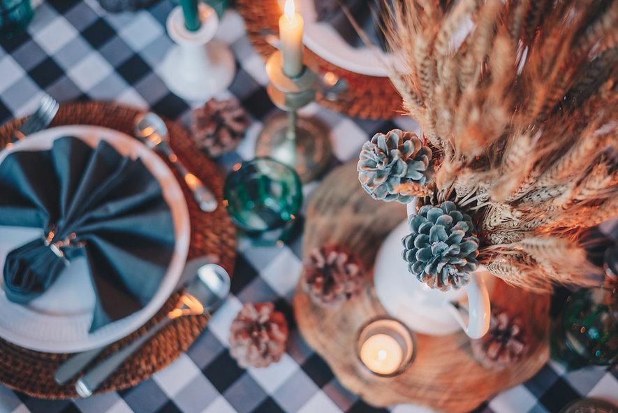 thanksgiving table.jpg