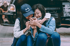 SMS Text Marketing: The Top 6 Reasons People Opt-in to Branded Text Messages
