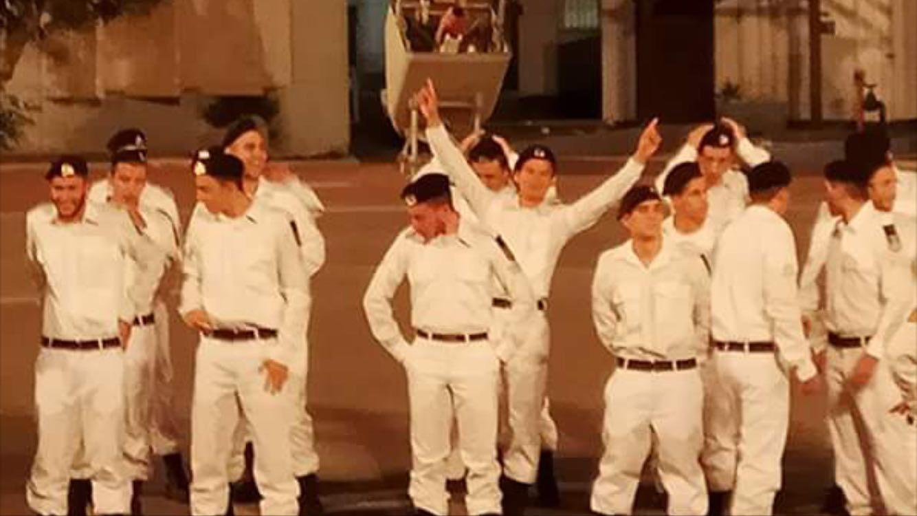 אמון בוגר מחזור ו' סיים קורס דבורים בחיל הים 211117 (1)