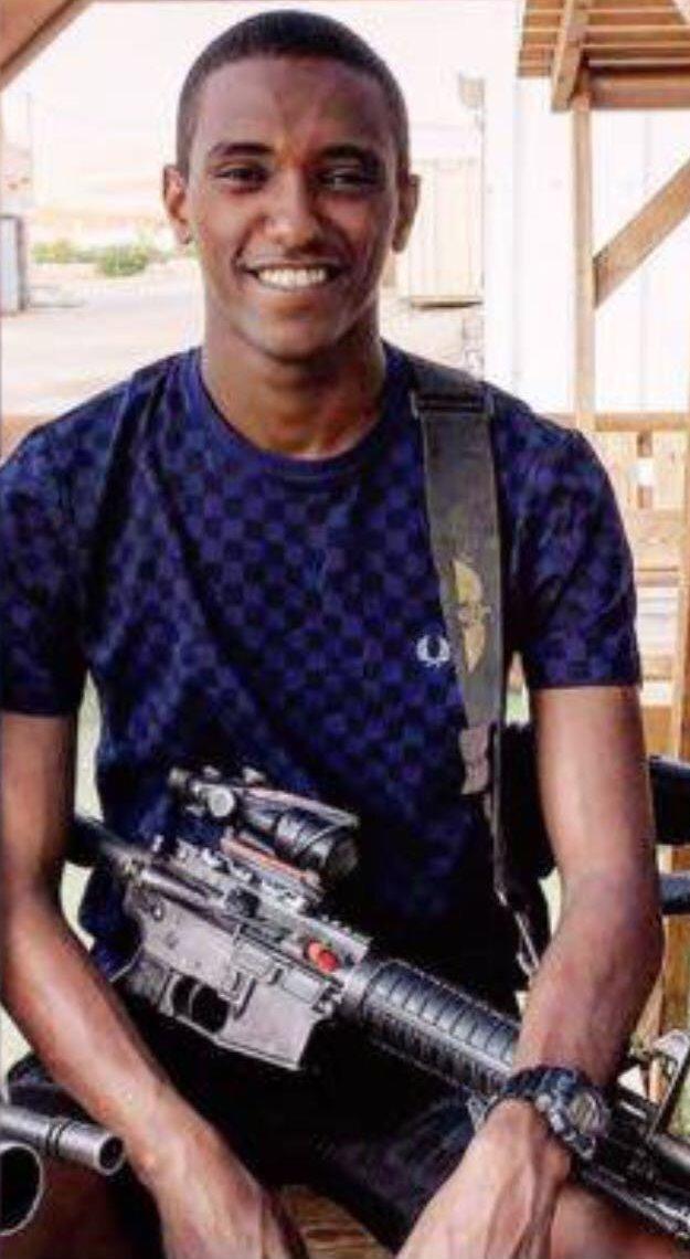 יגזאו טדסה סיים קורס קשרים ביחידה מובחרת אוגוסט 2017 (1)_edited
