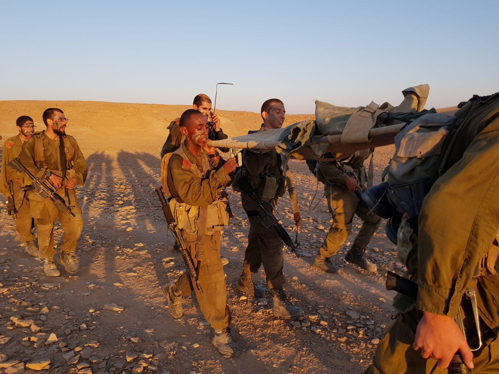 אוריאל ושמעון בוגרי מחזור ו' בסיום מסע כומתה בשריון אוק' 17 (2)