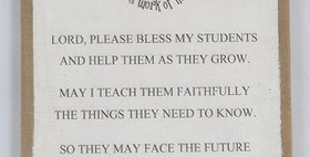 11017 Teachers Prayer Wall Dcr Burlap