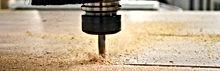 Precision y limpieza en corte de madera