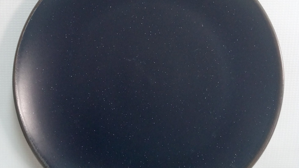 Plato de fondo azul marino gratinado