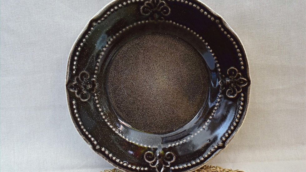 Plato de pan flor de lis(detalles fábrica)