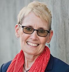 Julie Derry .jpg