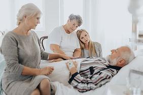 family-staying-awake-UGEMEDR.jpg