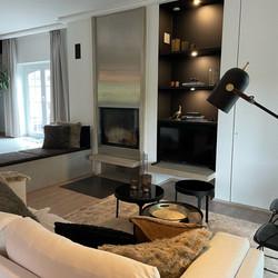 Salon et meuble TV intégré avec niches