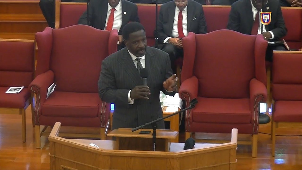 theron williams preaching2.jpg