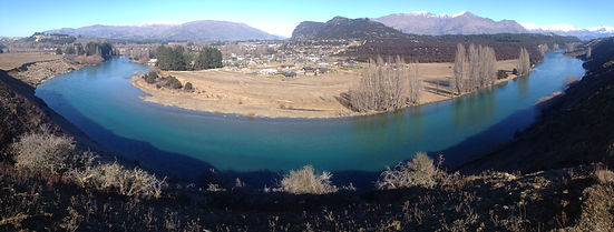Pure Clutha River at Deans bank