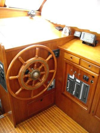 Sea Sprite, Deck Saloon SB Steering Posi