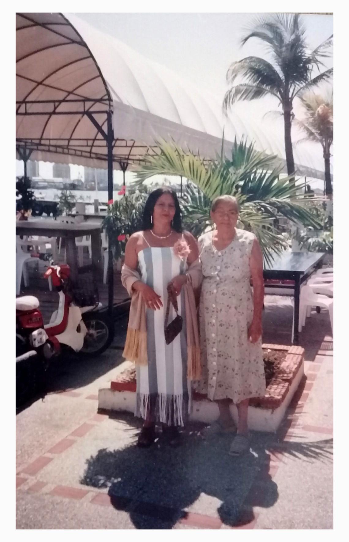 Candy Y Abuela