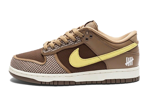 Undefeated x Dunk Low SP 'Canteen'